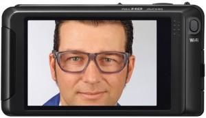Mit dem DIGIpro-Verfahren der Wollschläger-Leistungsmarke ARTEC können auch maßgefertigte Brillen innerhalb von zwei Wochen geliefert werden.