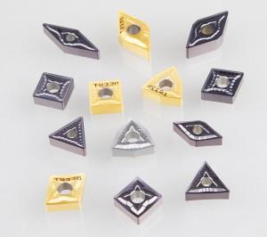 Dormer Pramet mit neuen WSP und Schneidsorten: Die SF- und SM-Geometrien unterstützen z. B. das Drehen schwierig zu bearbeitender Materialien (DTMM).